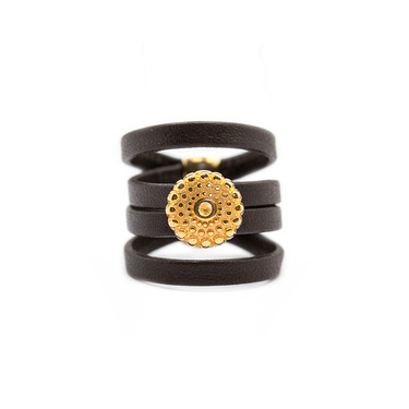 Carla: Leather ring
